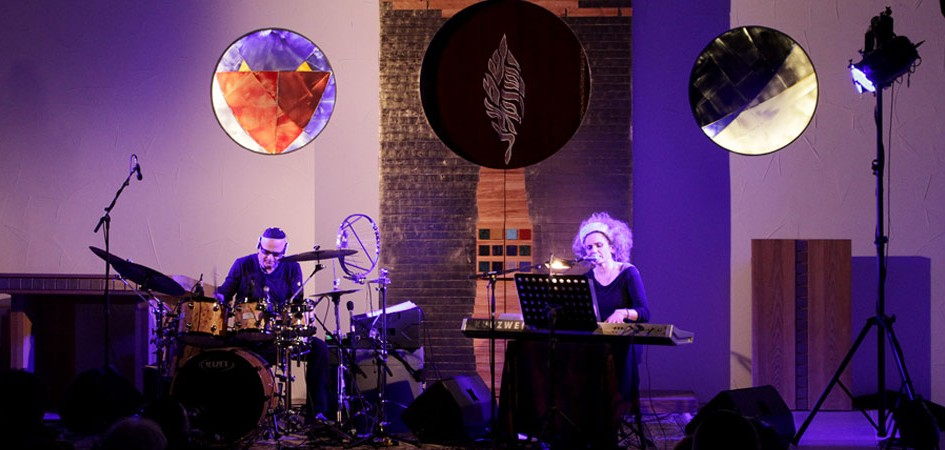 Pavel Fajt und Oona Kastner beim Release Konzert der CD levantis in Bielefeld
